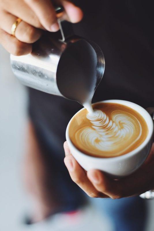 Kaffee und Kuchen – Grüntee und Apfelschmaus